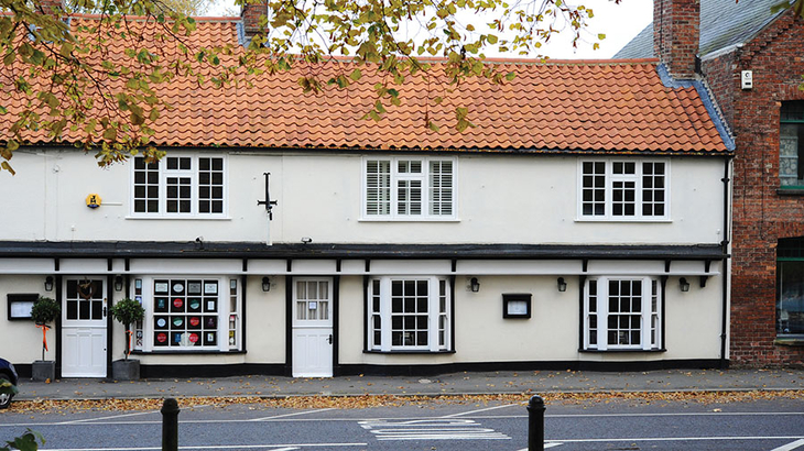 Magpies Restaurant & Rooms - Fine Dining, Horncastle